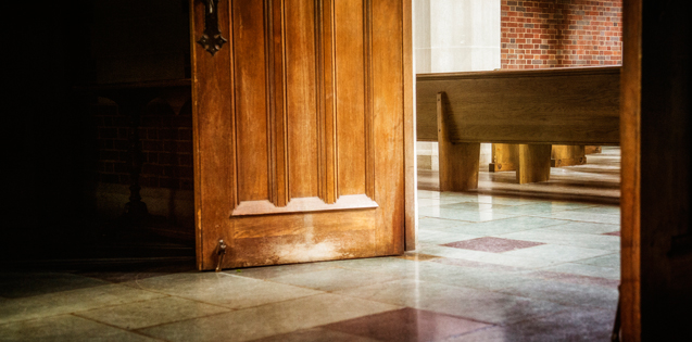 Many Singles Avoid Small Churches, But Maybe They Shouldn't
